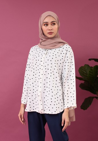 MINI LOVE FRONT BUTTON TOP IN WHITE