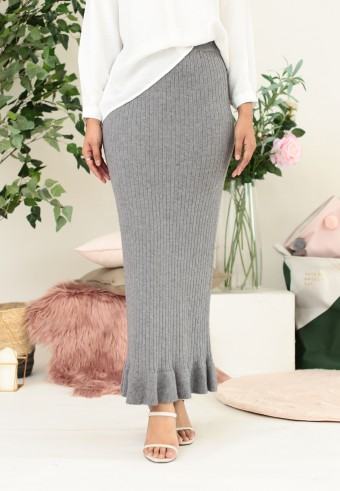 STRETCHABLE SLIM FIT SKIRT WITH RUFFLE IN GREY
