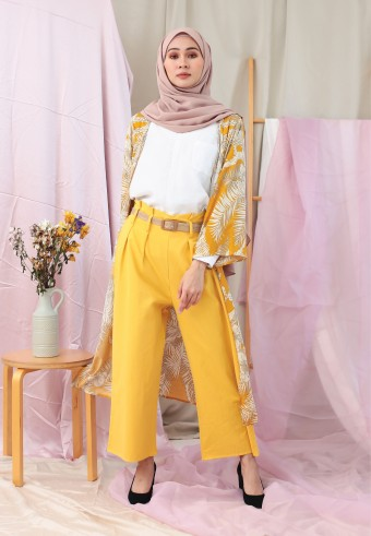 WIDE PANTS WITH BELT IN MUSTARD