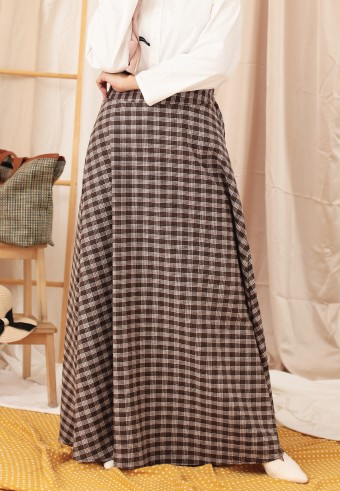 CHECKERED A-CUT SKIRT IN BROWN