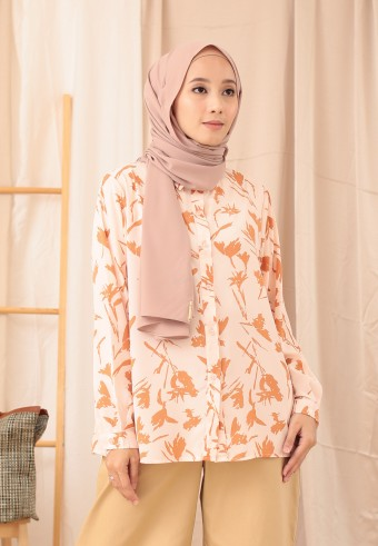 BRUSH PRINTED TOP IN PEACH