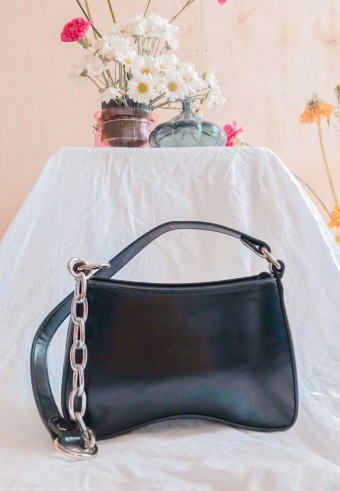 Lady B Shoulder Bag In Charcoal