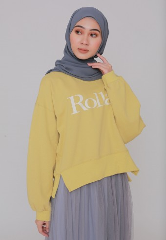 ROLLAS STATEMENT SWEATSHIRT IN DUSTY YELLOW