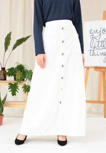 CORDUROY BUTTON SKIRT IN WHITE