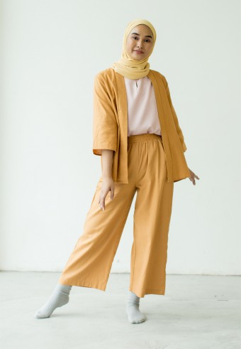 Takaa Set In Honey