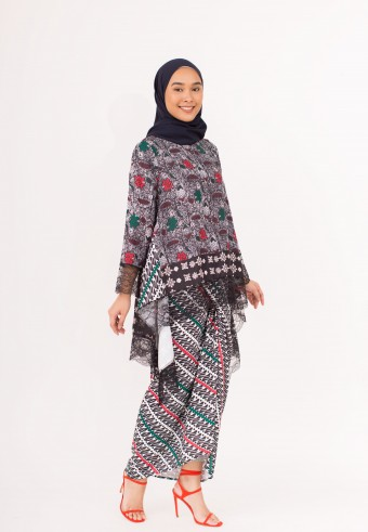 Indah Javanese Kaftan In Black & White