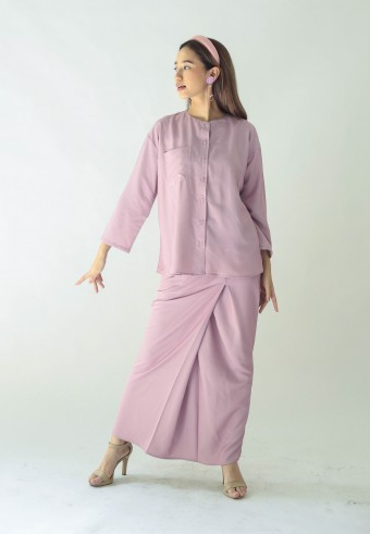 Samila kurong in rose