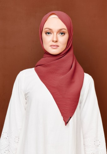 Seera pleated bawal in chili