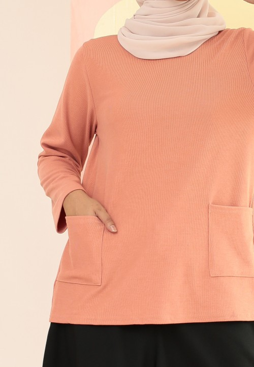 PLAIN DOUBLE POCKET TOP IN CARROT