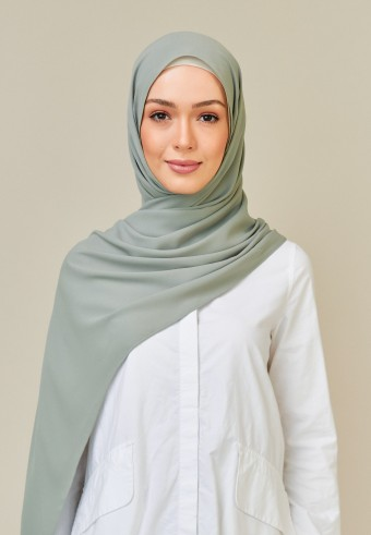 Meyna long shawl in sage
