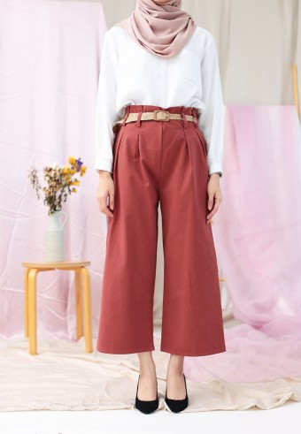 WIDE PANT WITH BELT IN BRICK BROWN