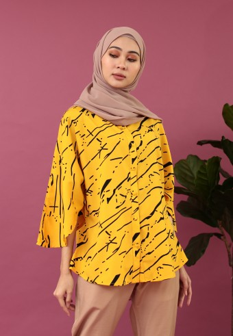 KIMONO SLEEVE ABSTRACT TOP IN MUSTARD