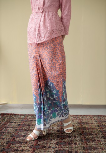 Anada skirt in pic