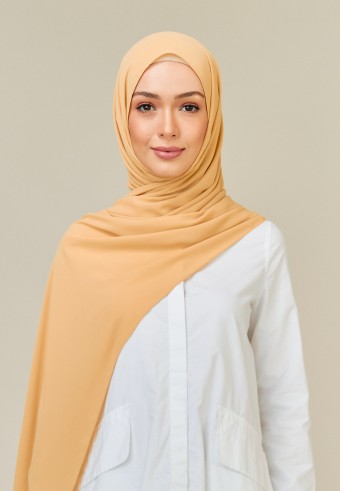 Meyna long shawl in honey
