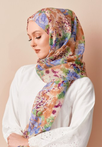 Naisha printed long shawl in garden