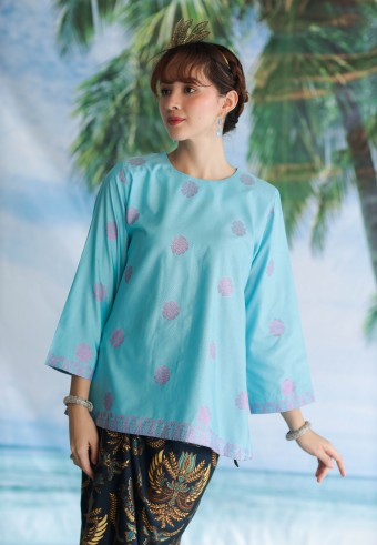 Rania top in biru laut