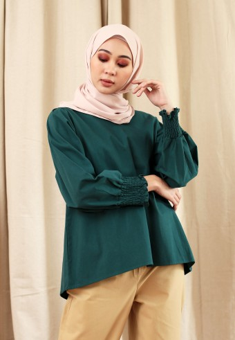 V-NECK COTTON CUFFT TOP IN EMERALD  GREEN