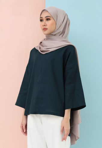 FISHTAIL PLAIN LINEN TOP IN EMERALD BLUE