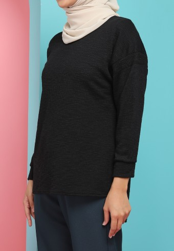 IRONLESS WOOL TOP IN BLACK