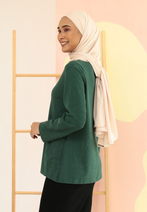 PLAIN DOUBLE POCKET TOP IN GREEN