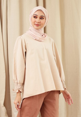 V-NECK COTTON CUFF TOP IN NUDE