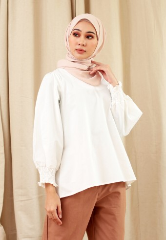 V-NECK COTTON CUFF TOP IN WHITE