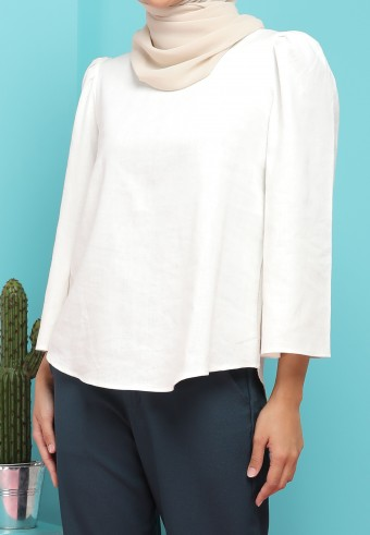 BELL SLEEVE LINEN TOP IN WHITE