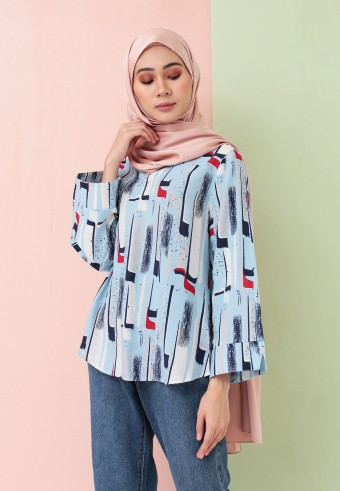 SUMMER PRINTED TOP IN BABY BLUE