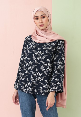 SUMMER PRINTED TOP IN NAVY BLUE