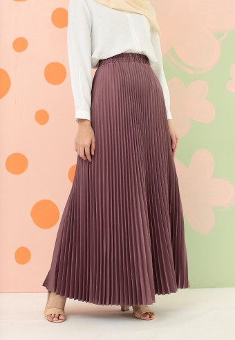CREPE PLEATED SKIRT IN SANDY PURPLE