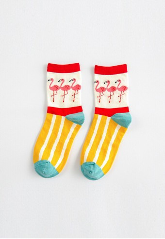 QUARTER FLAMINGO SOCKS IN MUSTARD & MAROON
