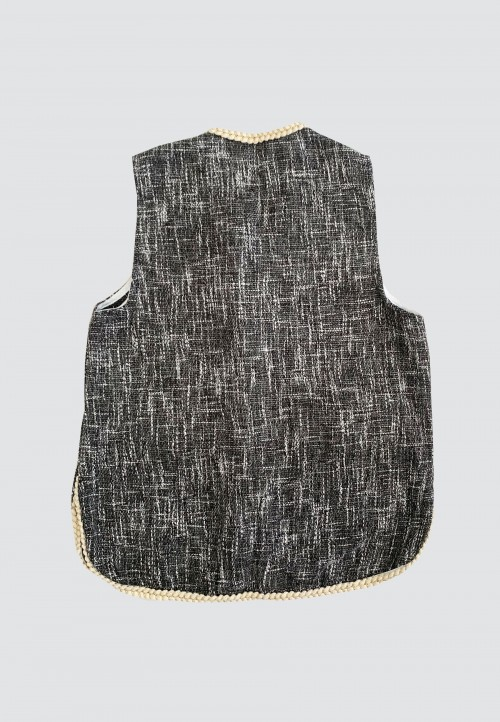 SLEEVELESS CARDIGAN IN BLACK