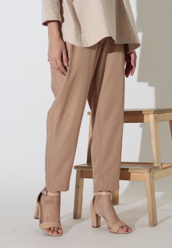 MISSLILY ANKLE LENGTH TAPERED PANT IN BROWN