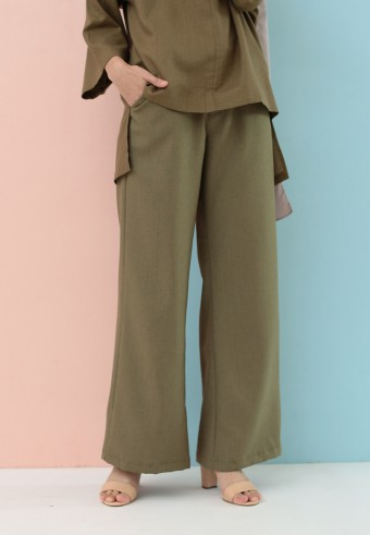 BOOTCUT COTTON PANT IN ARMY GREEN
