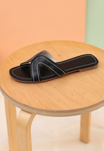 CAMY SLIDE SANDAL IN BLACK