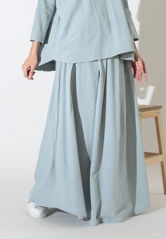 FLOWIEE SKIRT IN BABY BLUE