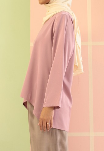 DULL SATIN FISHTAIL TOP IN PINK