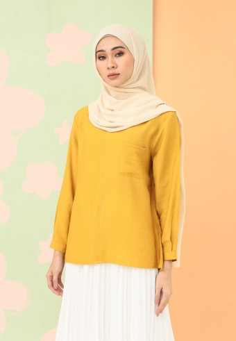 V-NECK FRONT POCKET PLAIN TOP IN MUSTARD