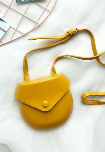 MINI SLING BAG IN MUSTARD