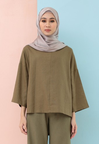 FISHTAIL PLAIN LINEN TOP IN ARMY GREEN