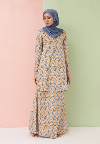 LEA MODERN KURONG IN BLUE & YELLOW