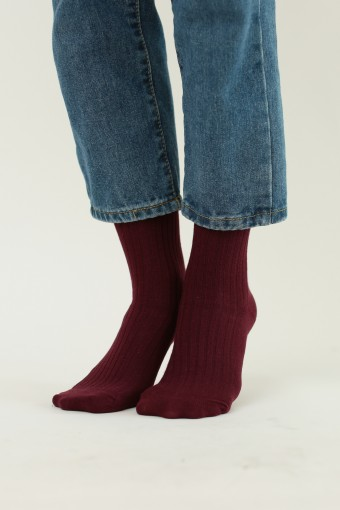 CREW PLAIN SOCKS IN MAROON