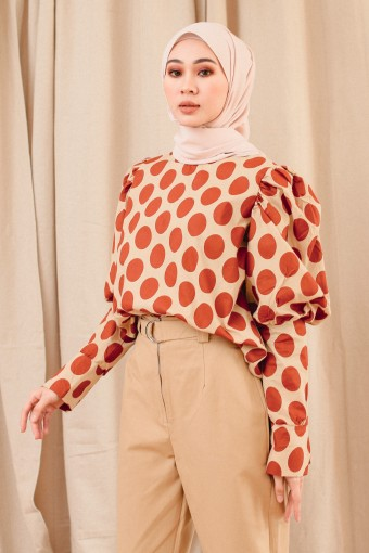 POLKA PUFF TOP IN DEEP ORANGE