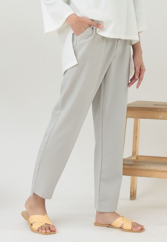 OFFICE TAPERED PANT IN GREY