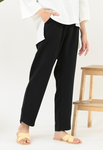 OFFICE TAPERED PANT IN BLACK