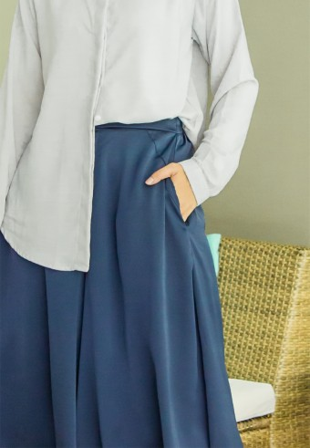 Mori Wide pants in Navy