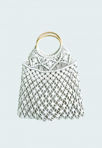 KNITTED HOBO BAG IN WHITE 2