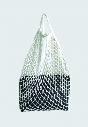 TRENDY NET BAG IN WHITE WITH ENVELOPE BAG 2