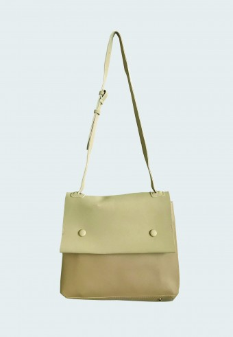 DOUBLE POCKET BAG IN LIGHT BROWN