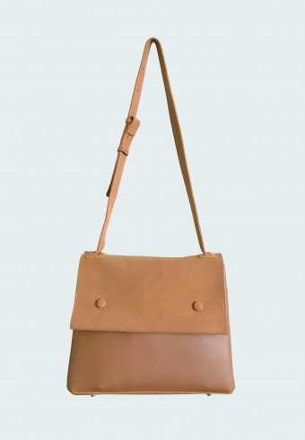 DOUBLE POCKET BAG IN BROWN